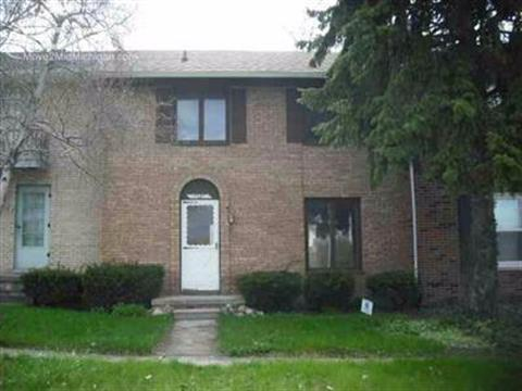 1121 River Forest Drive, Flint, MI 48532