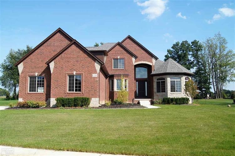 62446 Pond Drive, Washington, MI 48094