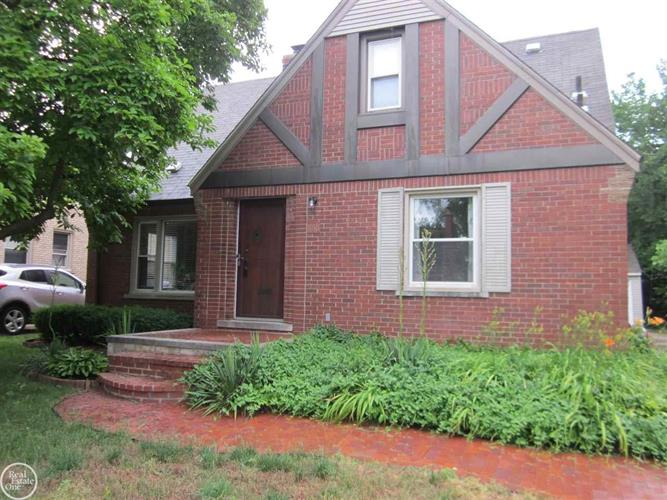 488 Bournemouth, Grosse Pointe, MI 48236