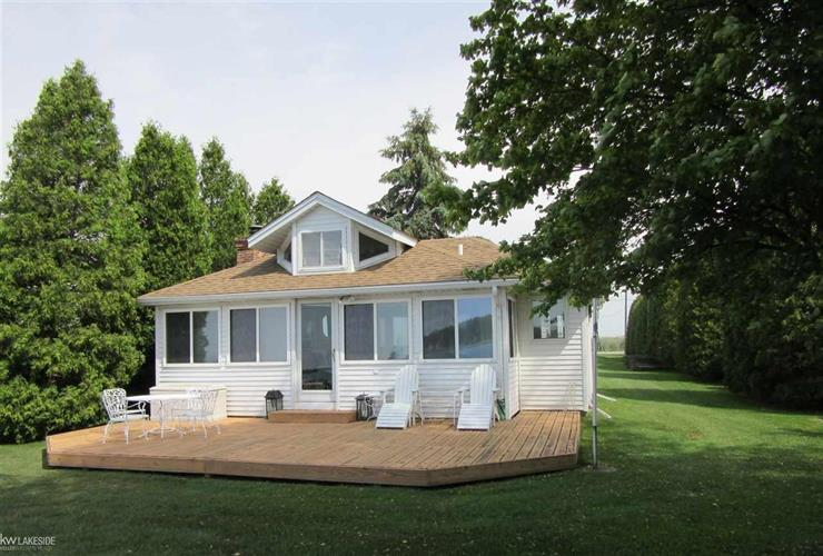 hispanic singles in harsens island Single family home for sale in harsens island, mi for $189,900 with 3 bedrooms and 1 full bath this 1,000 square foot home was built in 1952 on a lot size of 50 x 426.
