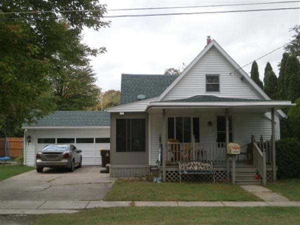 118 South Washington Street, Chesaning, MI 48616