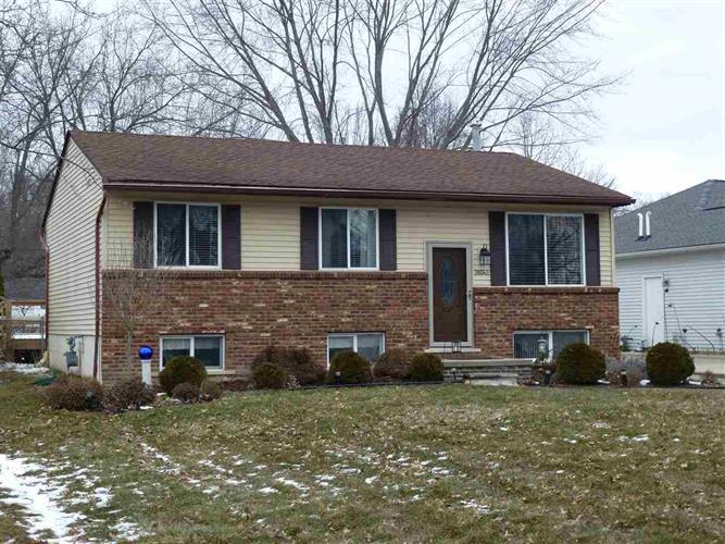 38045 MURDICK, New Baltimore, MI 48047