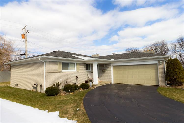 23138 WESTBURY, Saint Clair Shores, MI 48080