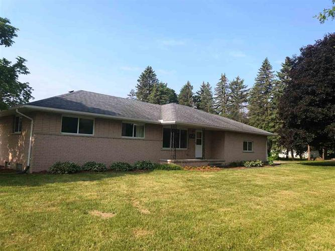 7185 FRED MOORE, East China, MI 48054