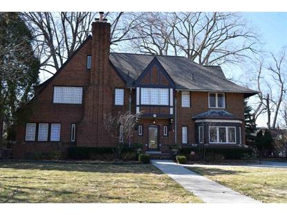 915 BERKSHIRE, Grosse Pointe Park, MI