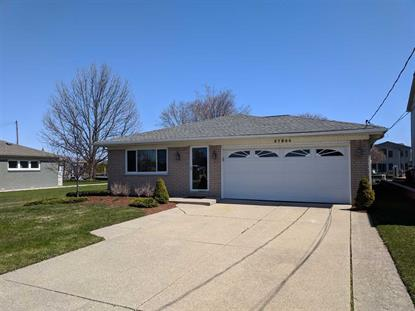 37804 HURON POINTE, Harrison Township, MI