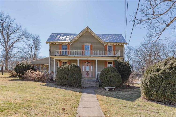 105 HOUSTON ST, Lexington, VA 24450 - Image 1