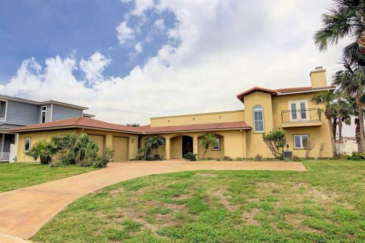 304 Blue Heron Dr, Port Aransas, TX 78373