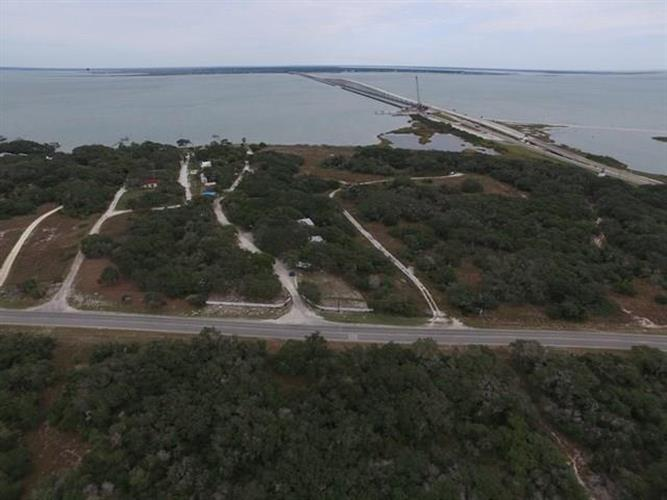 6151 Loop 1781, Rockport, TX 78382