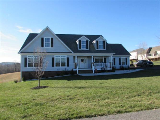 Richfield St, Rural Retreat, VA 24368