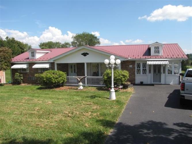 Briarwood Lane, Rural Retreat, VA 24368