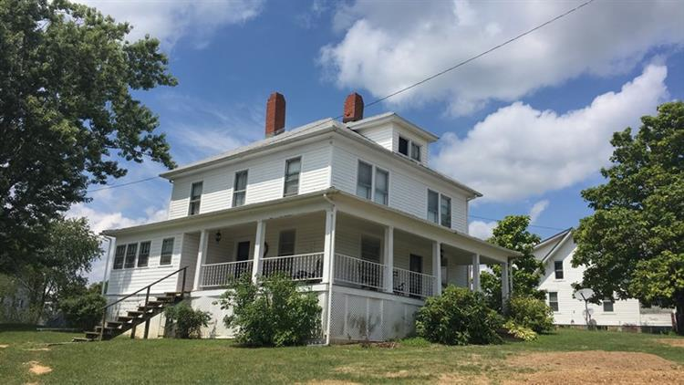 Main St, Rural Retreat, VA 24368