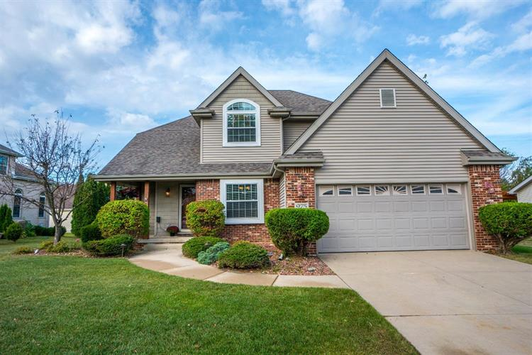 975 Driftwood Trail, Crown Point, IN 46307