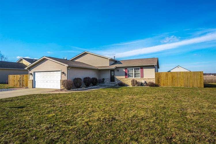6740 W 157th Place, Lowell, IN 46356