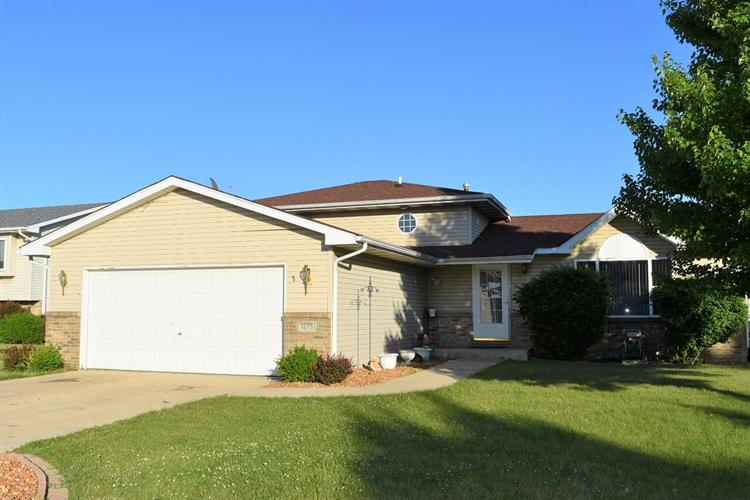 1275 W 98th Avenue, Crown Point, IN 46307