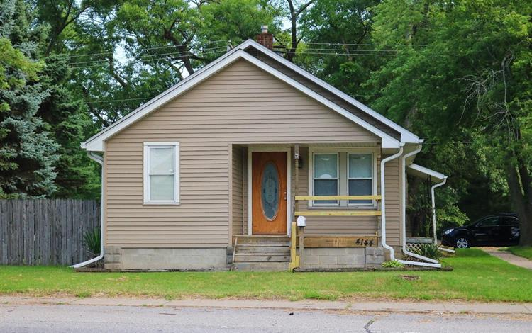 4144 Central Avenue, Lake Station, IN 46405