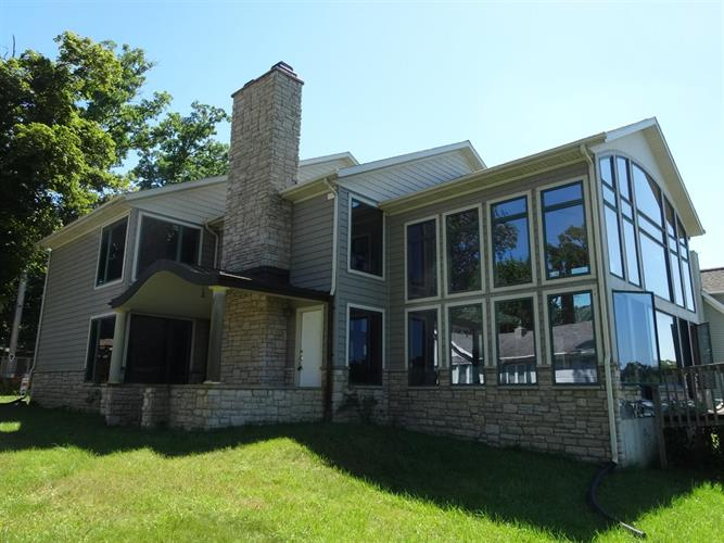 11161 E Pottawotomie Trail, Walkerton, IN 46574