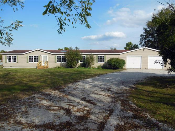 7600 S 1075 W, San Pierre, IN 46374