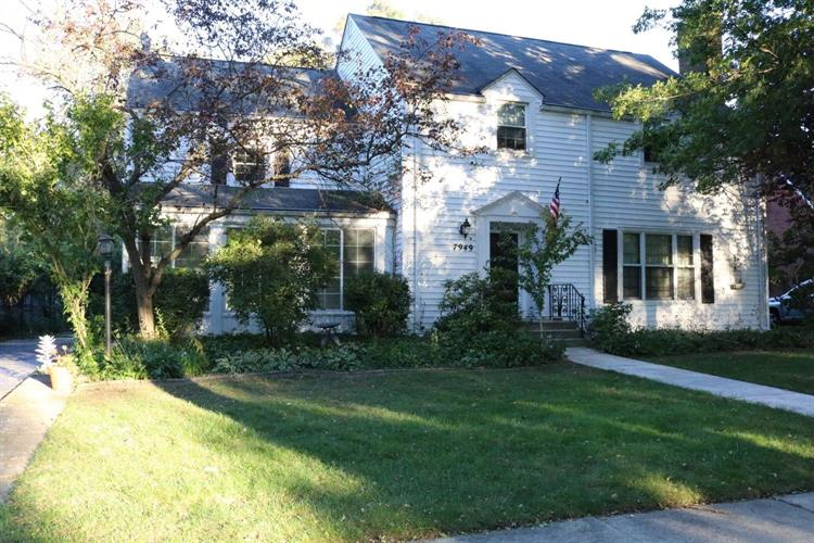 7949 Forest Avenue, Munster, IN 46321