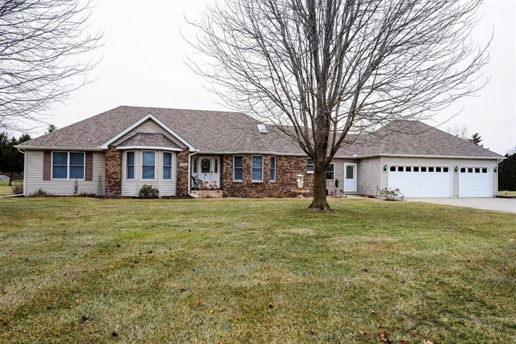 6100 Owen Court, Demotte, IN 46310 - Image 1