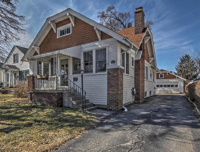 215 Maxwell Street, Crown Point, IN 46307 - Image 1