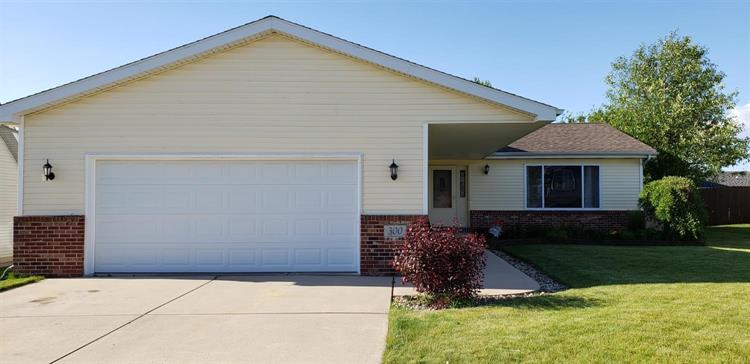 300 W 127th Place, Crown Point, IN 46307 - Image 1
