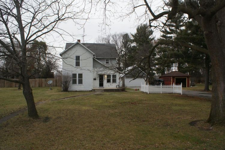 308 E Franklin Street, North Judson, IN 46366 - Image 1