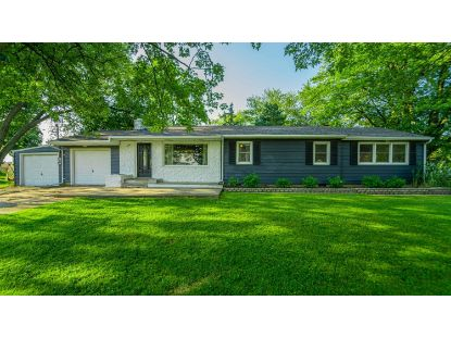 352 Meadow Lane Drive Valparaiso, IN MLS# 478637