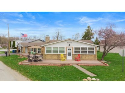 5218 E Woodland Drive Knox, IN MLS# 490819