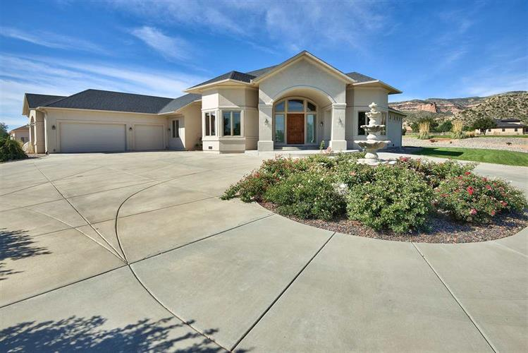 675 Curecanti Circle, Grand Junction, CO 81507