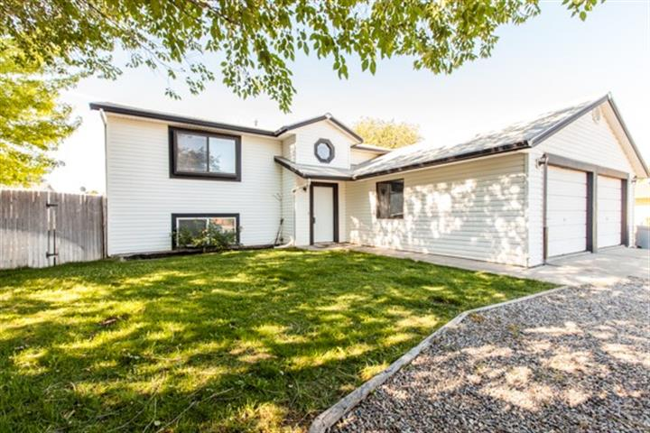 520 Gardner Way, Clifton, CO 81520