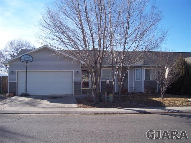401 Broken Arrow Drive, Grand Junction, CO 81504