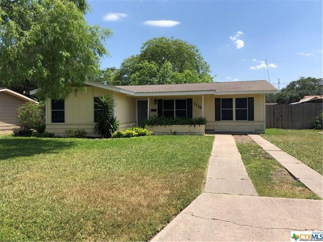 1116 Lucille Street, Alice, TX 78332