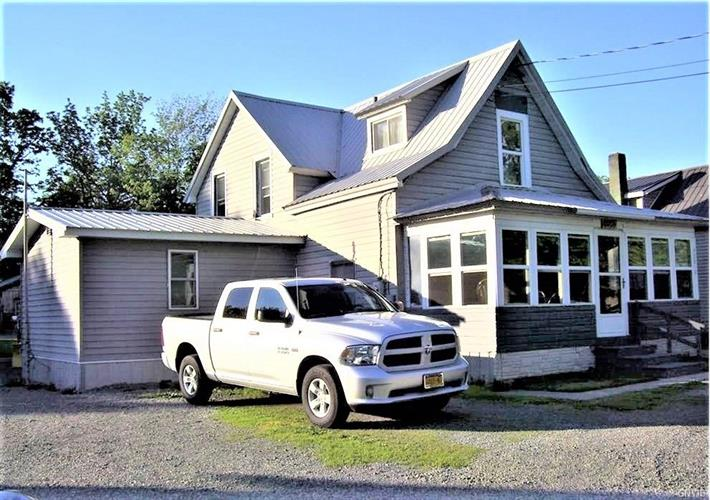 42819 County Route 100, Wellesley Island, NY 13640