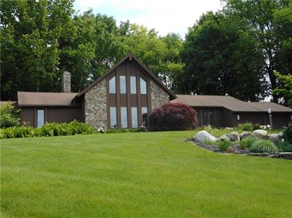 10 Pondview Drive, Pittsford, NY