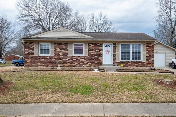 401 Pampaw Lane, Jeffersonville, IN 47130 - Image 1