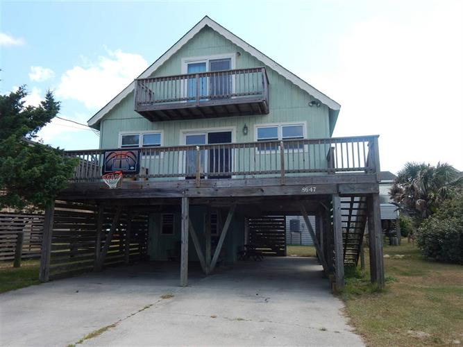 8647 Inlet Court, Nags Head, NC 27959