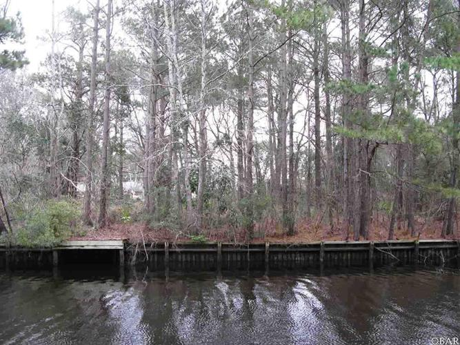 99 S Dogwood Trail, Southern Shores, NC 27949