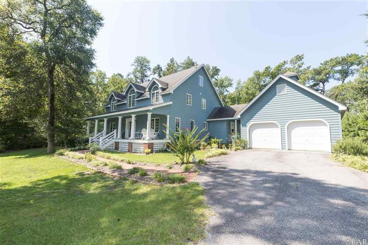 4520 The Woods Road, Kitty Hawk, NC 27949
