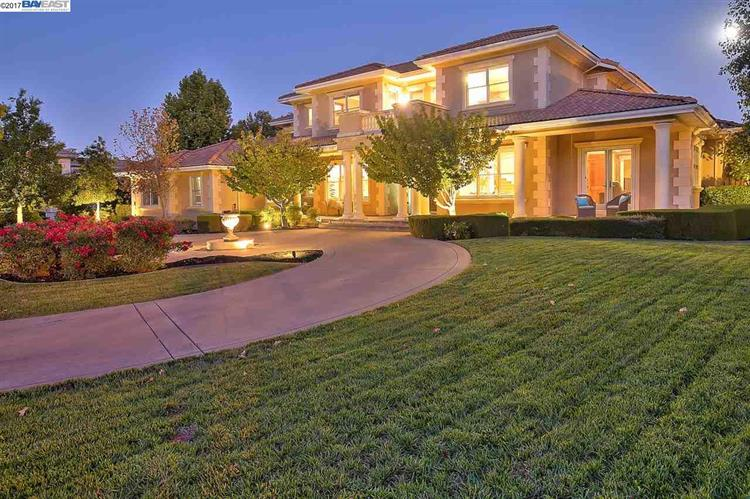 2842 W Ruby Hill Dr, Pleasanton, CA 94566