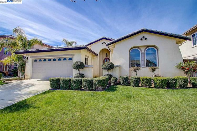 339 Foothill Dr, Brentwood, CA 94513