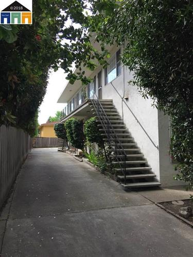1728 Berkeley Way, Berkeley, CA 94703