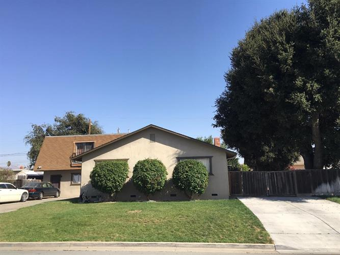1991 Valley View Road, Hollister, CA 95023