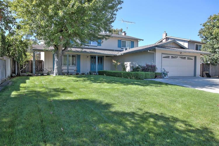 15605 La Mar Drive, Morgan Hill, CA 95037
