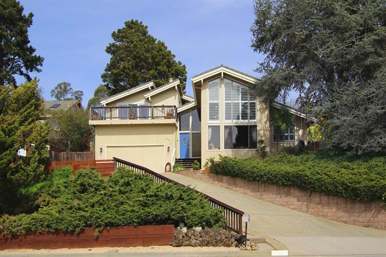619 Saint Andrews Drive, Aptos, CA 95003