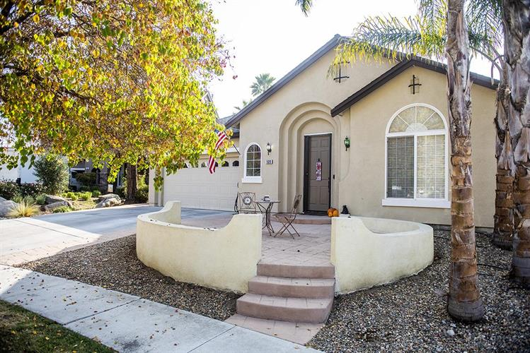 1920 Morning Glory Drive, Hollister, CA 95023 - Image 1
