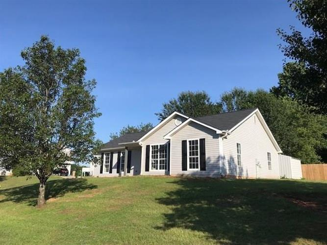 5126 Scenic View Road, Flowery Branch, GA 30542