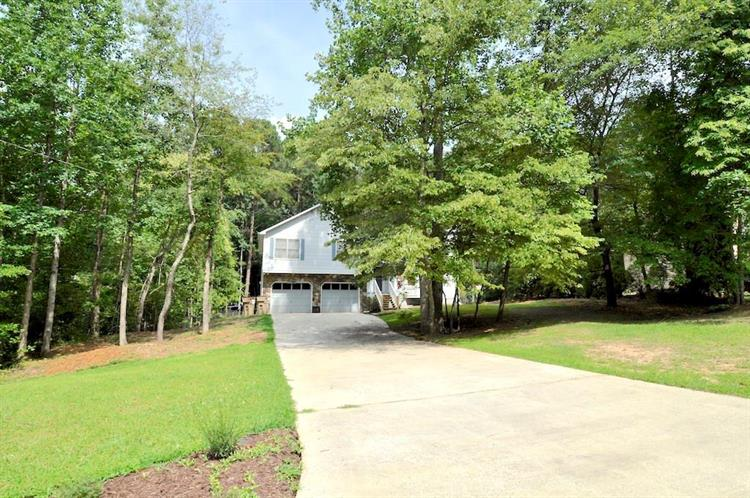 121 Frances Drive, Dallas, GA 30157