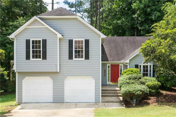 1830 Hickory Creek Court NW, Acworth, GA 30102