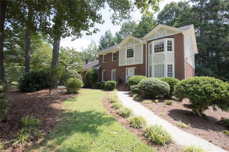 5670 Clinchfield Trail, Peachtree Corners, GA 30092